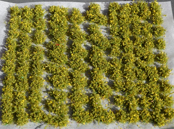 Mini scale bushes Self Adhesive (TM52)