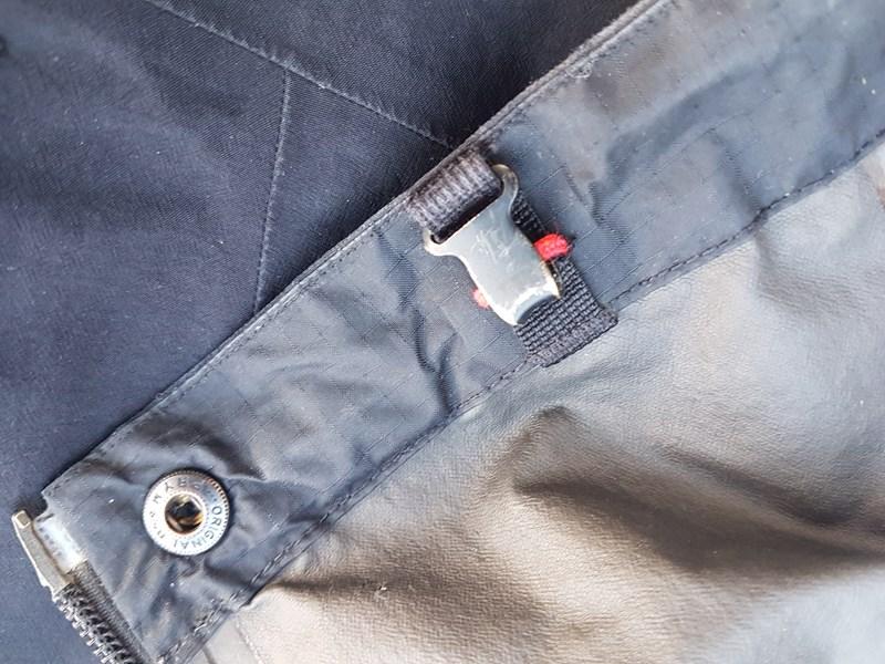 Arc'teryx Alpha SL Pant - bootlace hook